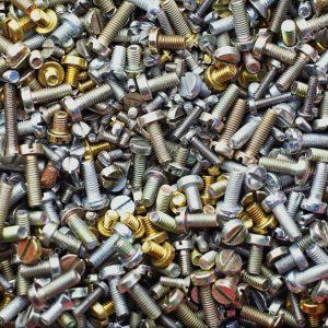 depositphotos_9420612-stock-photo-pile-of-screws